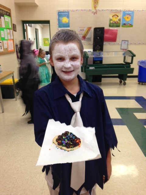 2016 Halloween 4K, All School Party & Bash was a great time last week! Check out our Google Photos video  here.  Thank you for all those that decorated cookies in support of Casa Guadalupe - $427 was raised throughout the district! Want to learn more about Casa Guadalupe?  Click Here