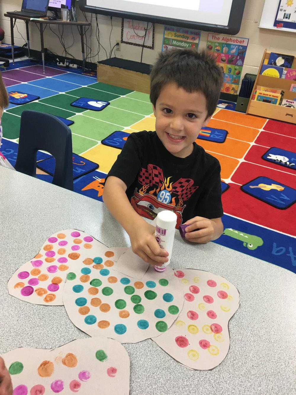 using bingo dobbers to make Elmer colorful