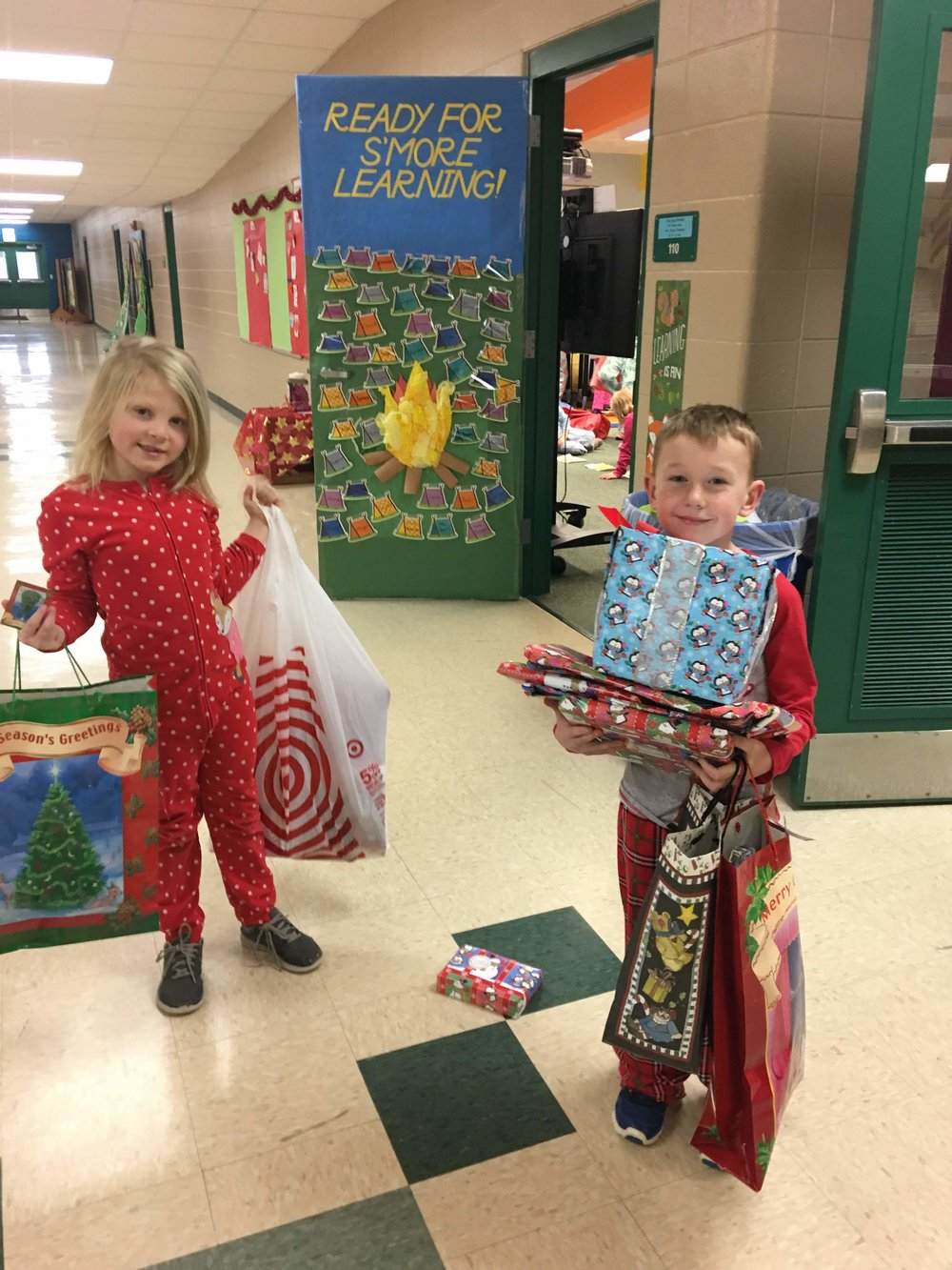 Our Re-Gift Event on 12/22 was a huge success - we hope your children enjoyed giving their gifts!   Thank you to all of our volunteers, families we donated, and for the students that shopped this great event. It allowed our students to use their mathematical and budgeting skill in a real life way - #hands on learning!