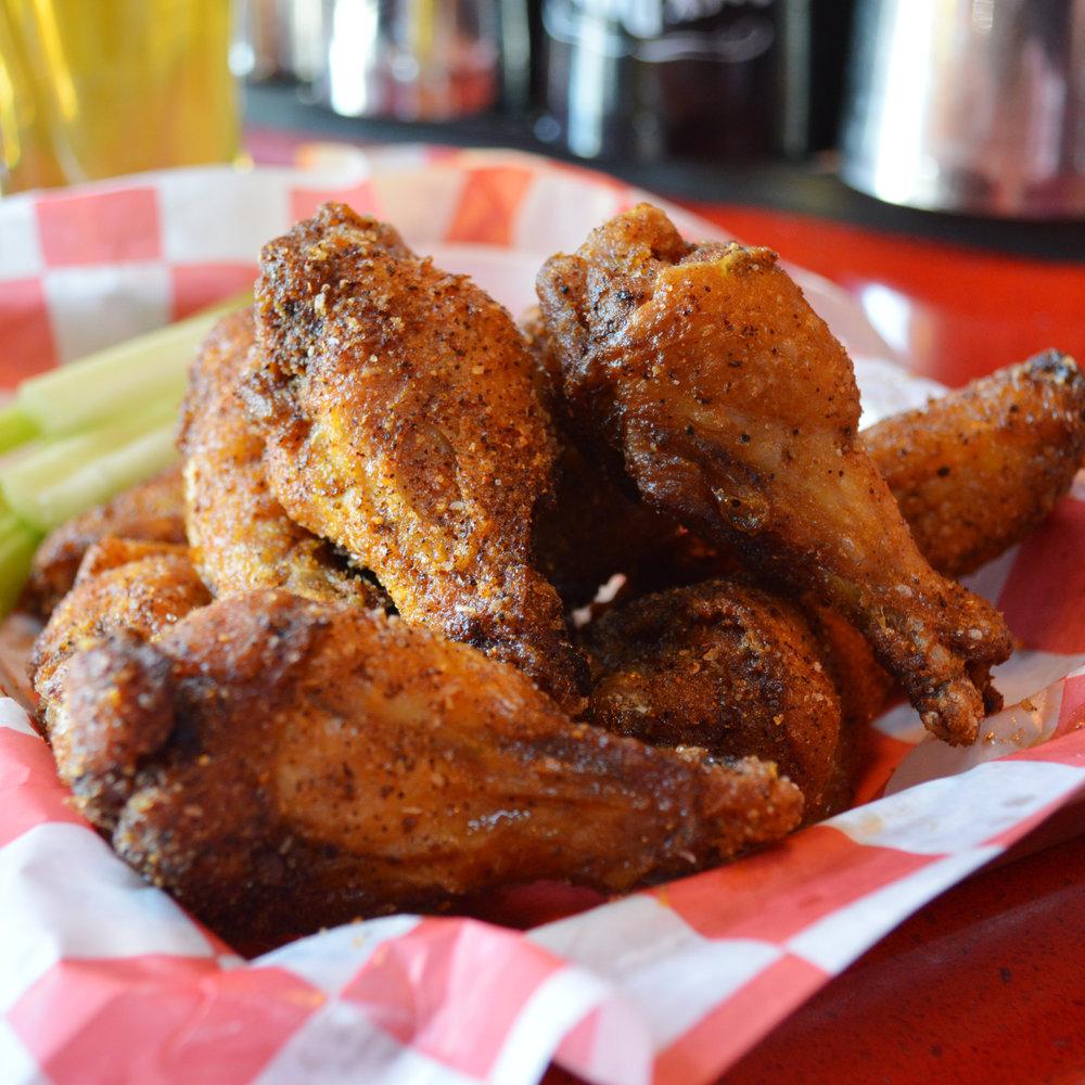 pjs-pub-chickenwings.jpg