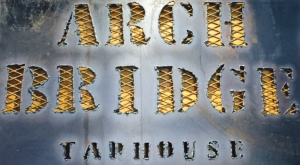 Arch Bridge Taphouse