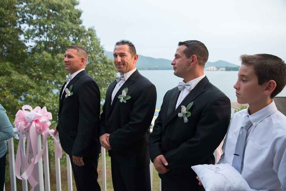 Lynchburg Wedding Photographer-24.jpg