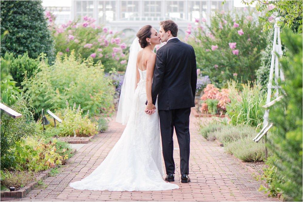 Lewis Ginter Botanical Garden Wedding_0379.jpg