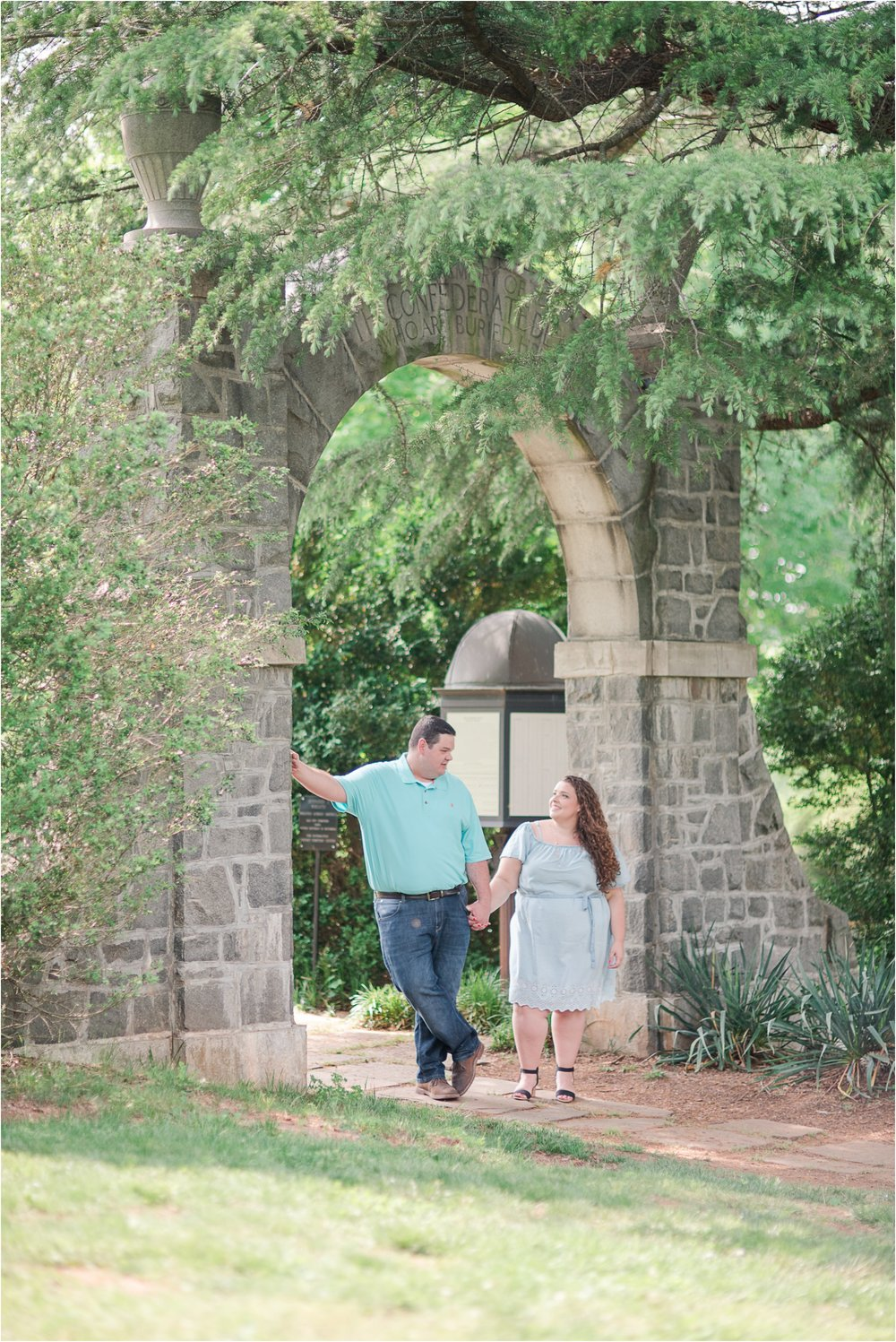 Lynchburg Engagement Photos_0957.jpg