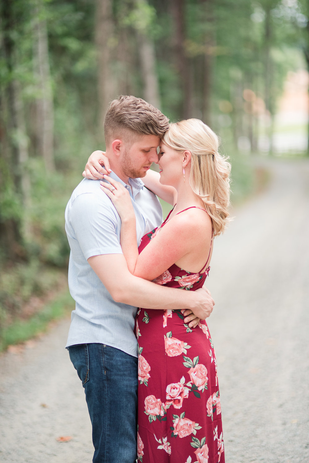 Roslyn Farm Engagement Session-29.jpg