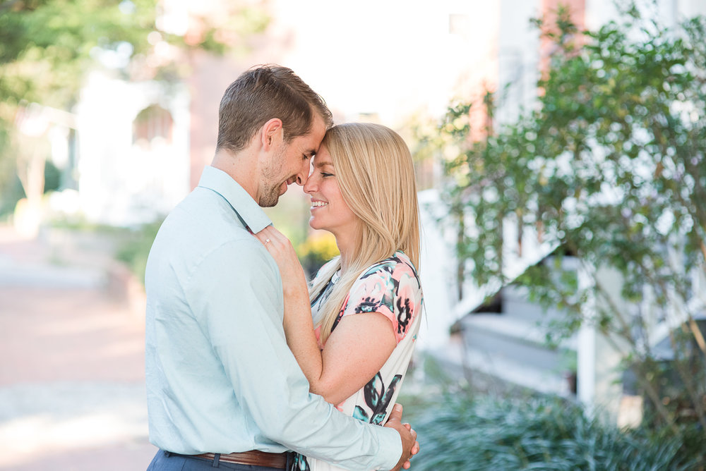 Richmond Engagement Photos-1.jpg