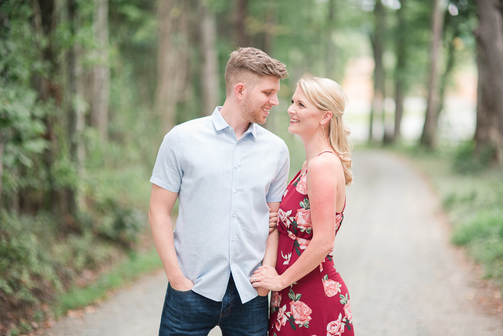 Roslyn Farm Engagement Session-27.jpg