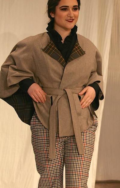 Le manteau Choix du Public, fait par Élyse Guay