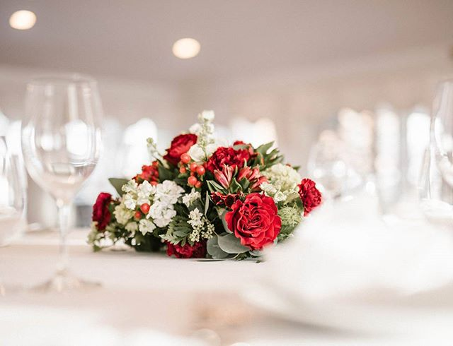 And my obsession with beautiful flowers continues 💕💕 🤗🤗 #florallove #flowerstagram #floralinspo #eventdesign #marylandphotography #picoftheday #eventinspo