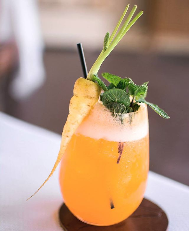 #throwback to such a gorgeous #cocktail  #cocktailart #drinks #mixologist #mixologyart #tasteintravel #passionpassport #liveauthentic