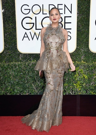 John-Legend-Chrissy-Teigen-2017-Golden-Globes.jpg