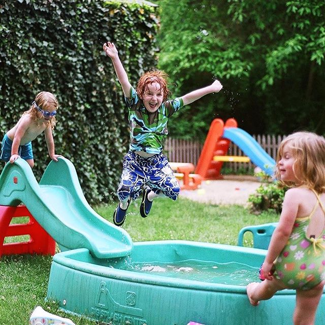 Summer back in the day. #jumpforjoy #kiddiepool #poolparty #happykids