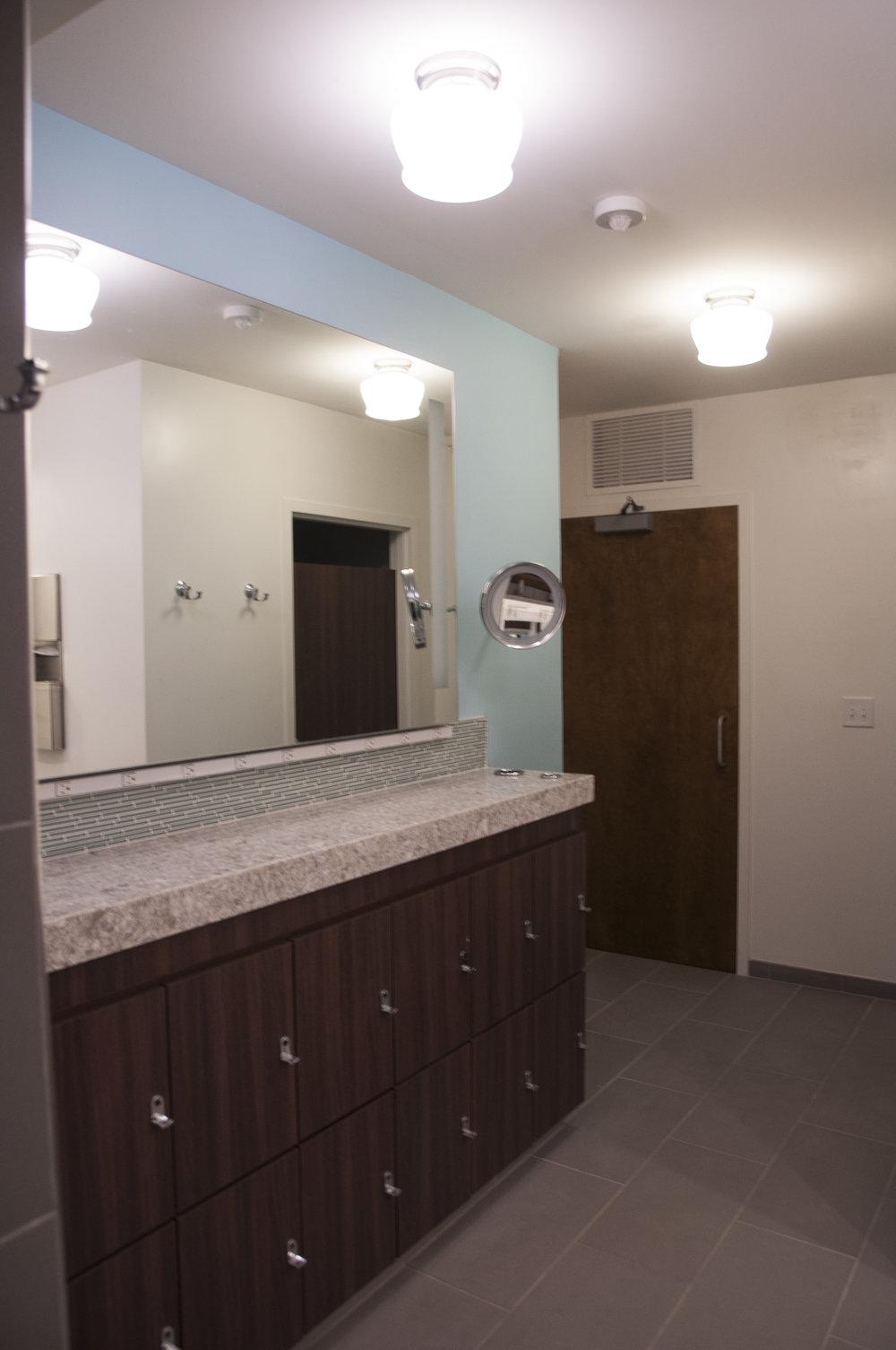 Interiors_AlphaPhi_Bathroom-15.jpg