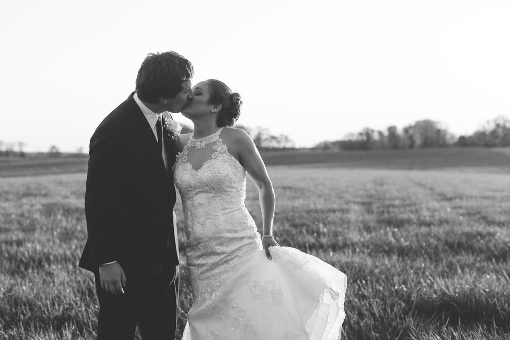 Destination Farm Wedding Virginia Field Jon Courville
