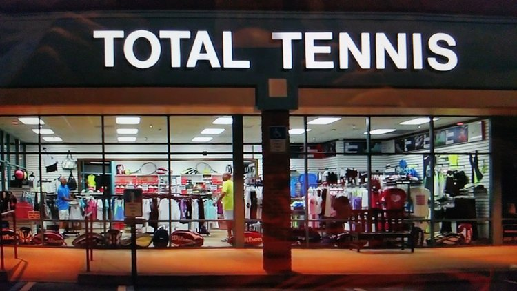 Total Tennis at night