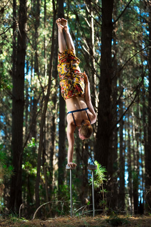Forest Handstands-7.jpg