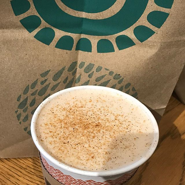 This soy milk pumpkin chai latte from #peetscoffee is so so delicious! #bestdrinkever #veganlife #veganlatte #pumpkinspiceeverything #lattelife #vegandrink #soymilk #chailatte #deliciousness #deliciousnessinacup #vegandrink #sosogood #nondairy #pumpkinchai #pumpkinchailatte