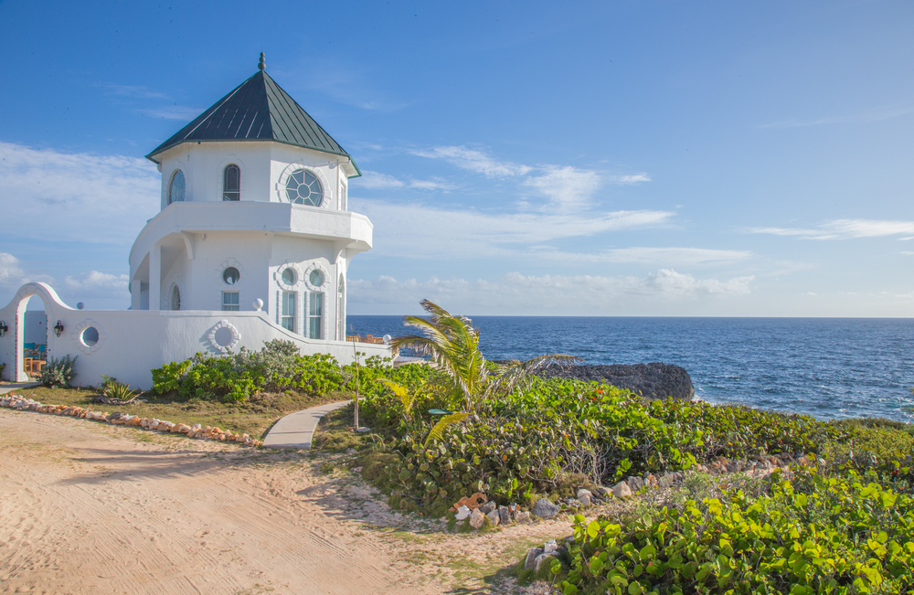 Ocean-Tally-Eleuthera-Lighthouse