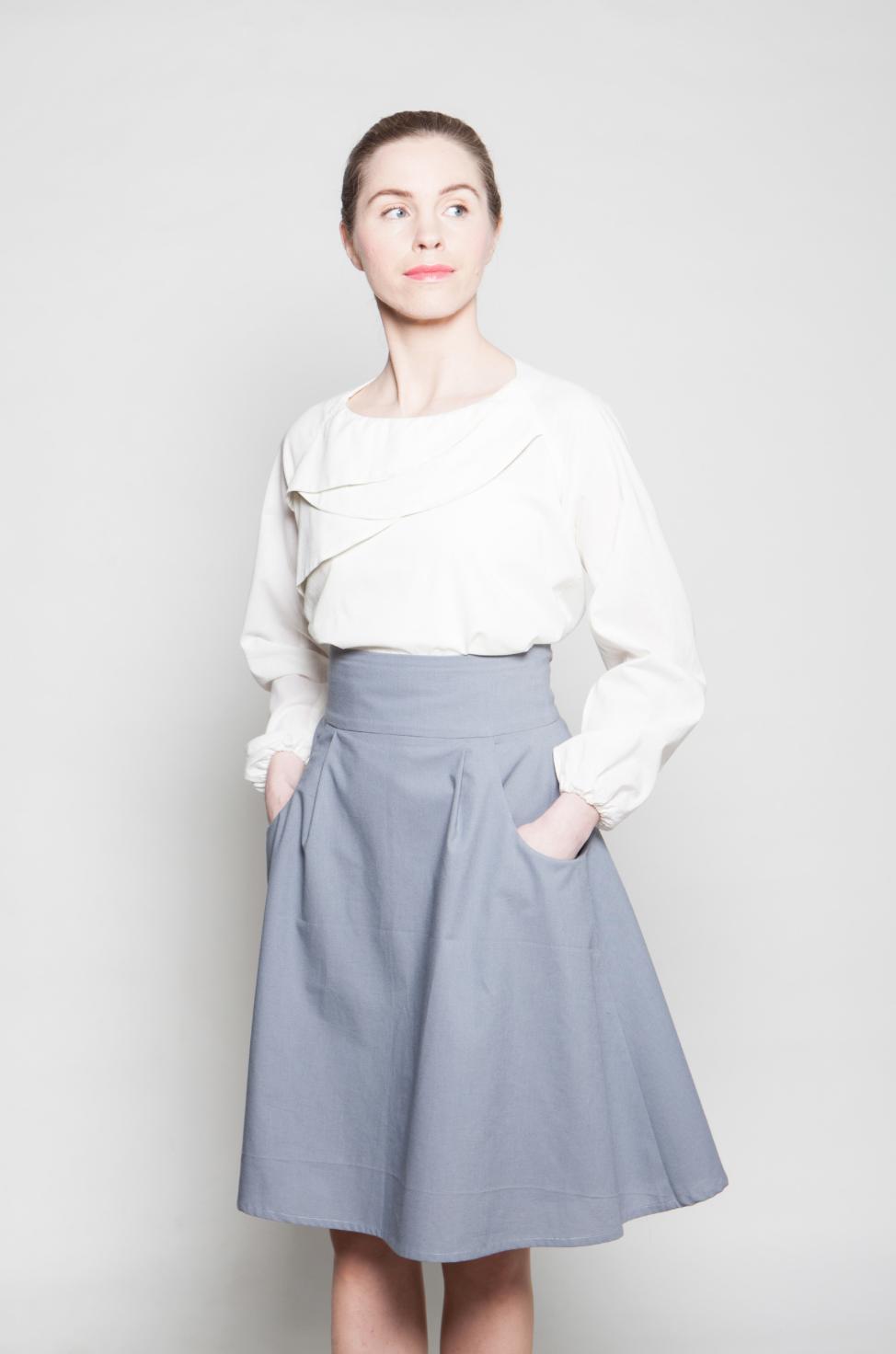 uni shirt-sofie skirt light2.png