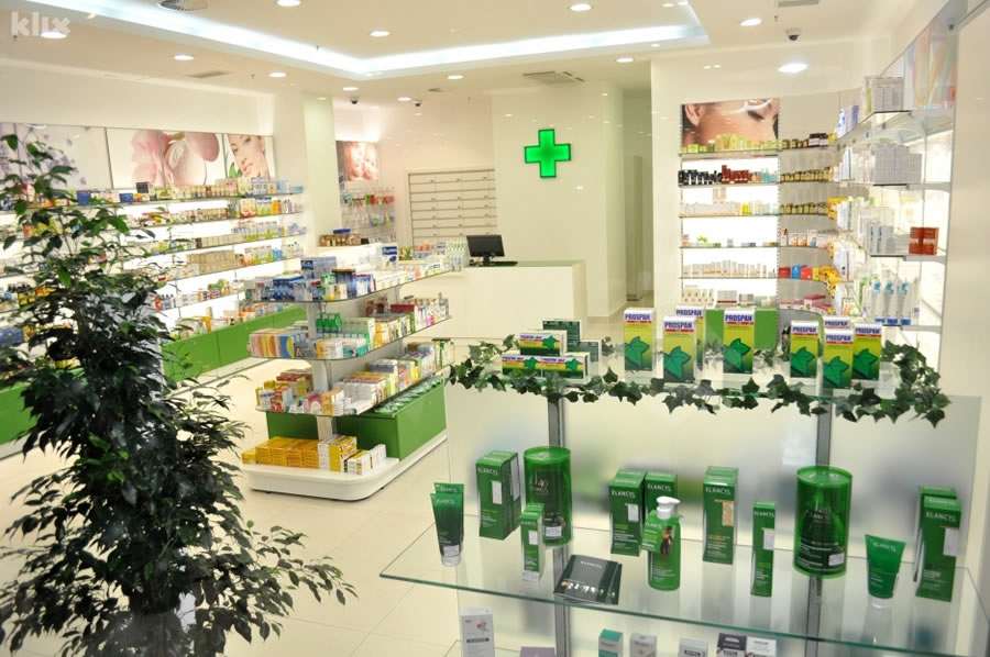 Farmacia Justanova_05.jpg
