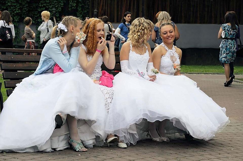 BridesatStBrides02.jpg