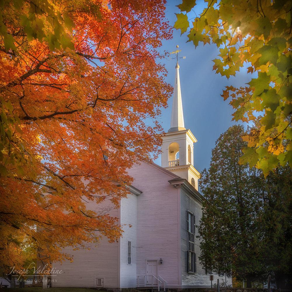 Francestown, New Hampshire Nikon D610 Nikkor 28-300mm f/3.5-5.6 1/90 sec f/6.7 28mm ISO 100