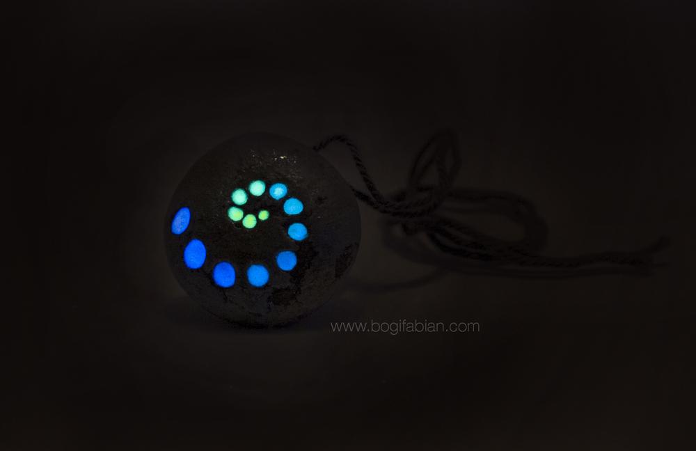 Bogi Fabian Glowing Ceraic Jewelry Pendand S2.jpg