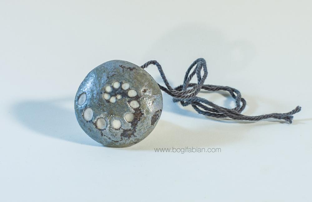 Bogi Fabian Glowing Ceraic Jewelry Pendand S1.jpg
