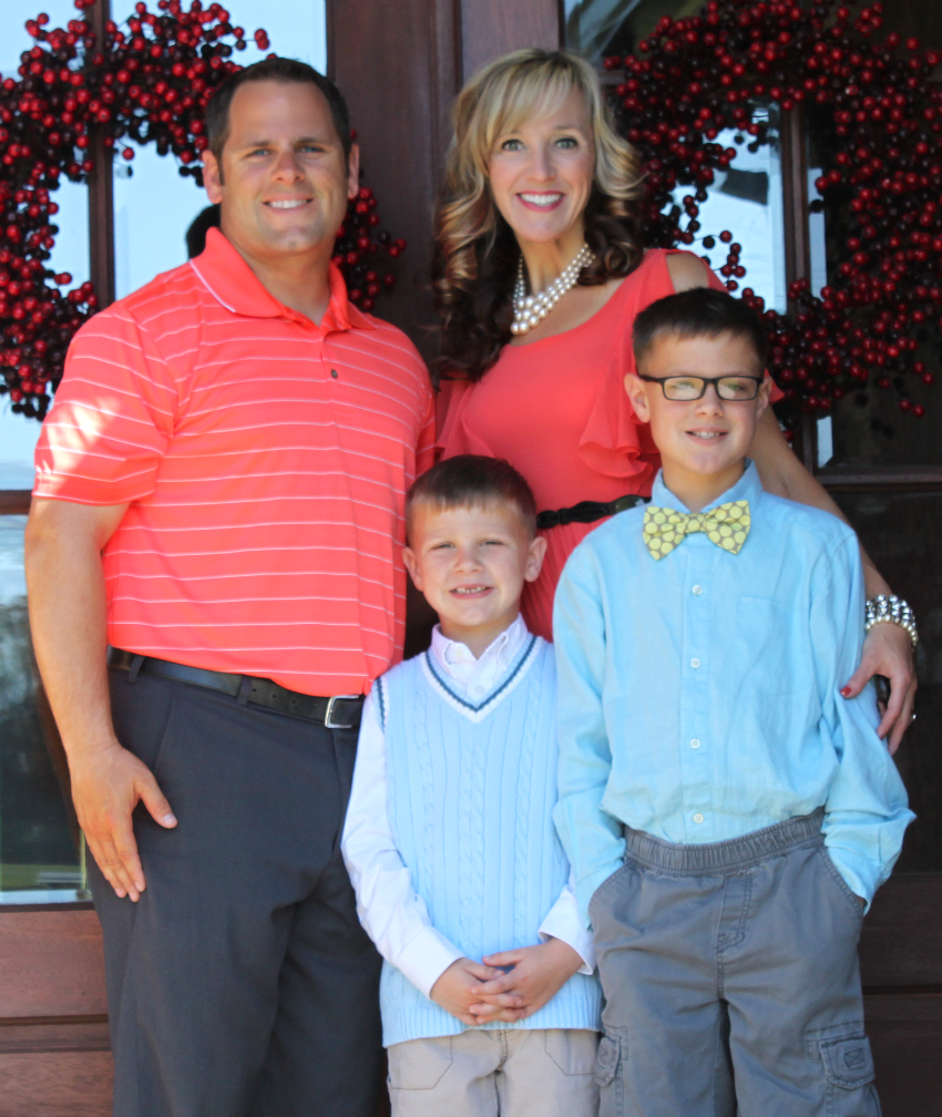 Cobble Family Easter 2014-850.png.png