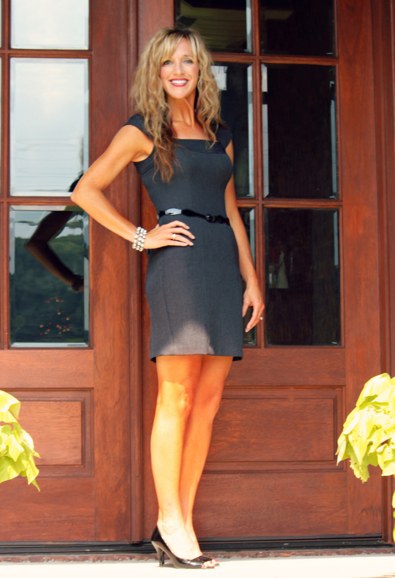 Meg- $1.00 dress-800