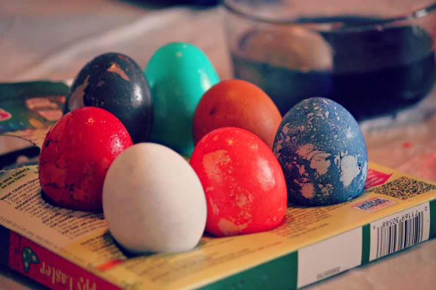 eggs-dyed.png