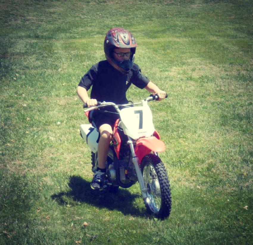 eli motorcycle.png-850.png
