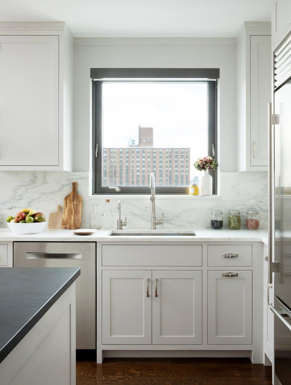 Kitchen005-b.jpg