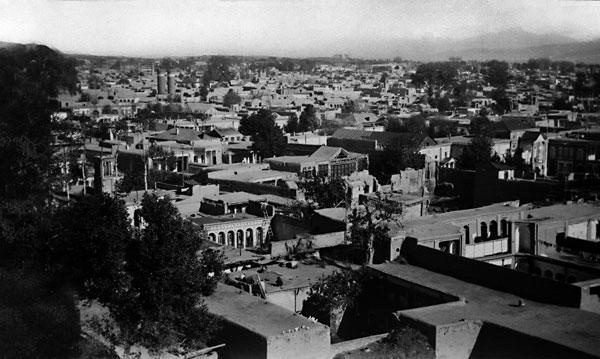 Byen Teheran, Iran, der Bahá'u'lláh var født. FOTO: bahai.org
