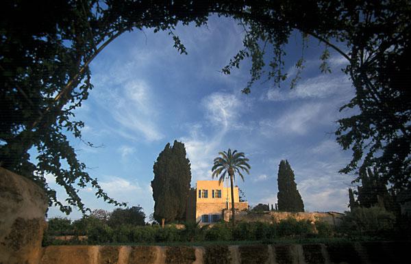 Herregåden Mazr'ih – et av hjemmene der Bahá'u'lláh bodde etter å ha blitt løslatt fra fengselsbyen 'Akká. FOTO: bahai.org