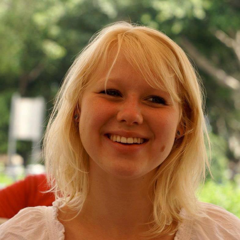 TENÅRING: Guro var 17 år da hun ble kjent med bahá'í-troen. Foto: PRIVAT