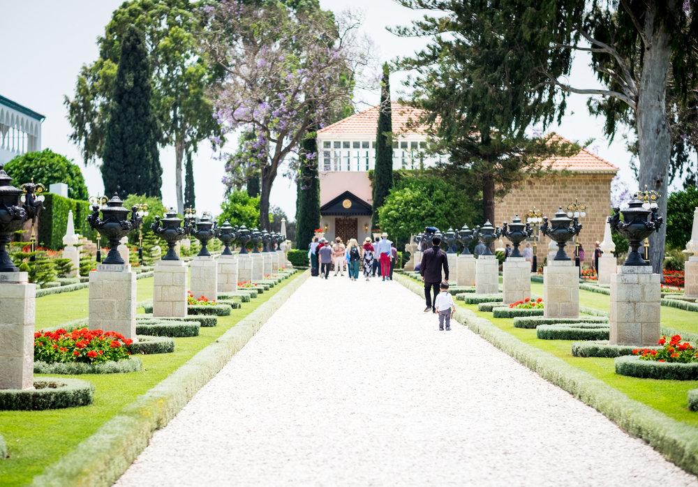 BAHJI: Bahá'u'lláh er gravlagt i Akka, Israel, omgitt av vakre hager. Foto: PRIVAT