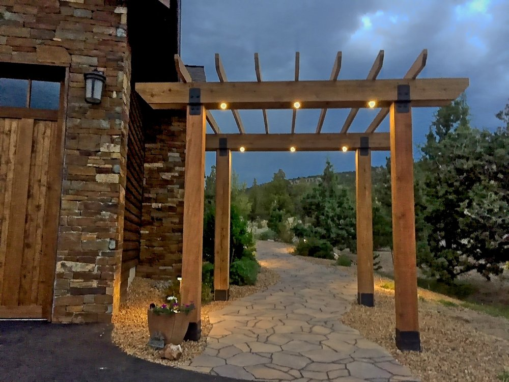 Pergola with lighting, Powell Butte Oregon