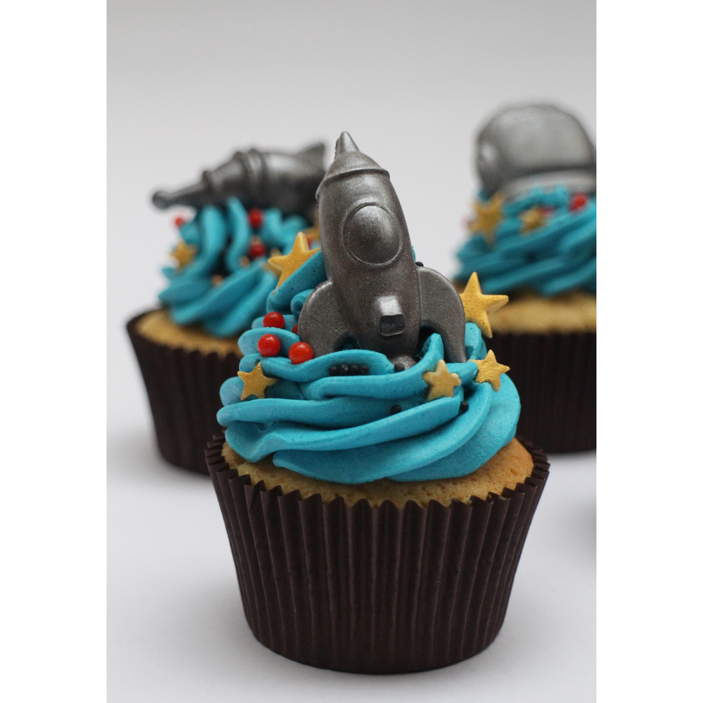 Instagram - Out Of The World Rocket Cupcake_1.jpg