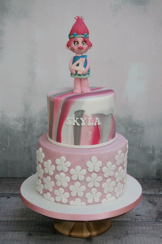 Skyla's Poppy Trolls Cake_3.jpg