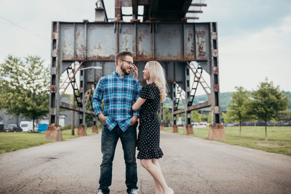 Pittsburgh wedding photographer - Strip District engagement shoot-1.jpg