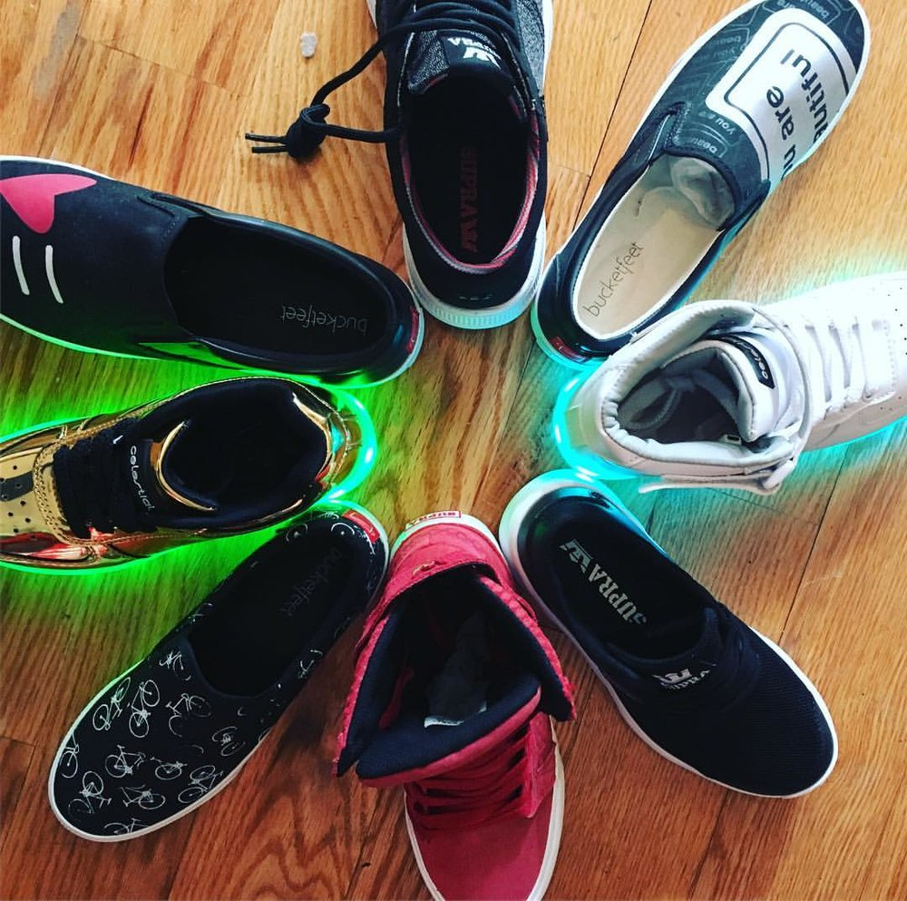 I am sad to say that The Rack Shack is discontinuing its sneakers. They will go out with a bang this Saturday, March 4th from 11am-6pm. This Saturday and this Saturday only, all sneakers will be $30. We will have a goodbye party for these lovely shoes and will have drinks and snacks. Don't miss it! Come and buy your summer slip-ons or your party light-ups!