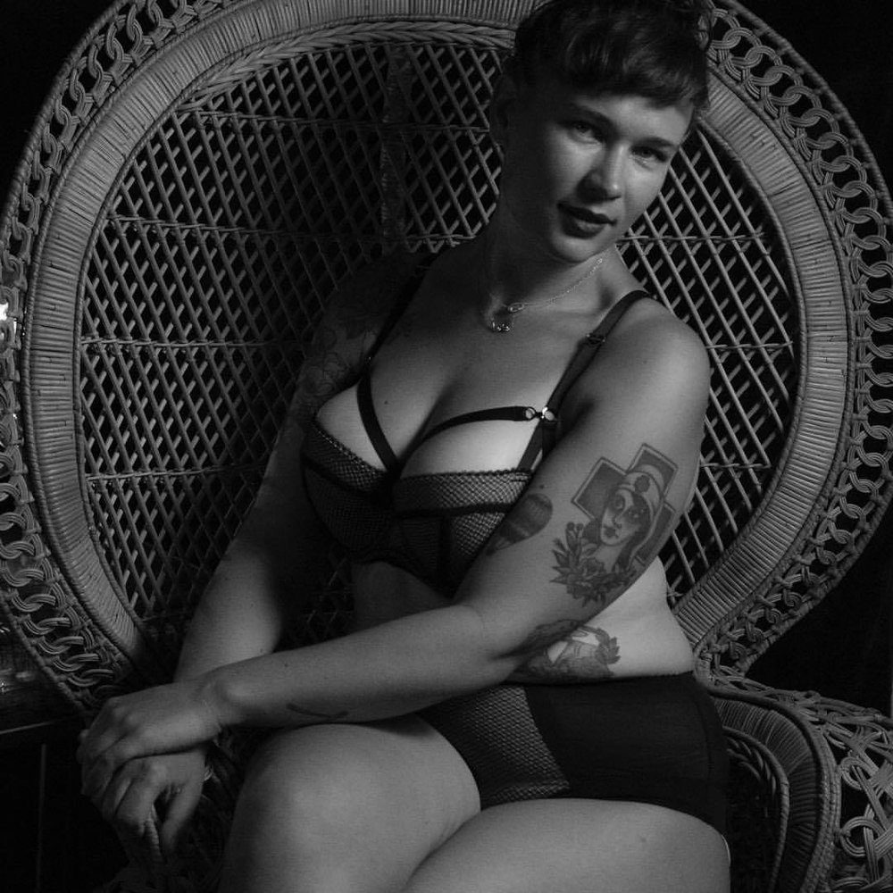 Check out how hot my friend  Alex Sasha  looks in the gorgeous set by  Tutti Rouge  . Picture by the amazing  Allison Putnam