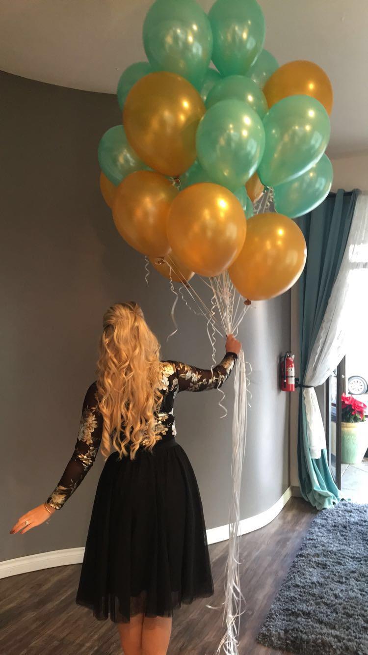 1 year Britnee Balloons.JPG