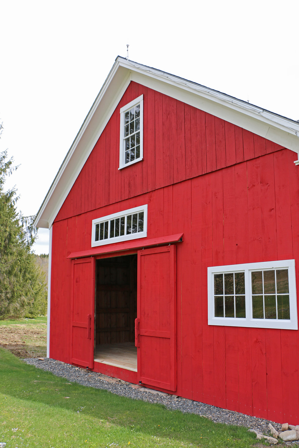 jim l side barn.JPG