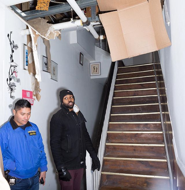 Landlord abuse in Bushwick for @villagevoice. On January 7th, in 6 degree weather, a pipe burst at 1231 Broadway. They haven't had heat or hot water since. When the residents complained, the landlord threatened to call ICE on the mostly Mexican tenants. So they banded together to fight back.
