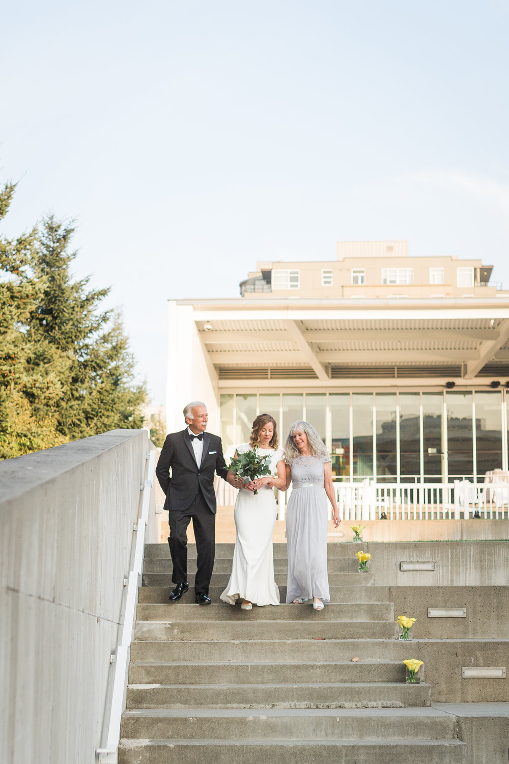 seattle-wedding-bridal-olympic sculpture park-modern