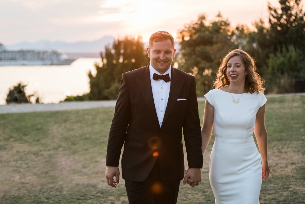 seattle-wedding-sunset-married-outdoors-northwest-couple-bride-groom-romantic