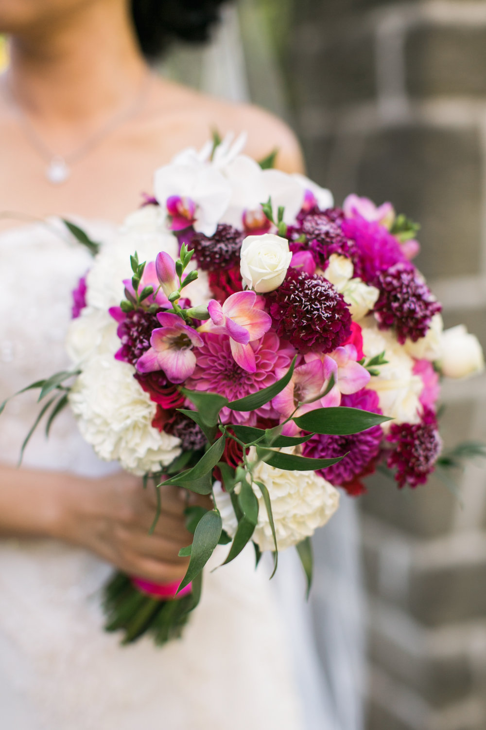 Bridal Bouquet | Woodland Park Zoo | Seattle | Wedding | Summer | Stephanie Cristalli Photography | Sublime Stems