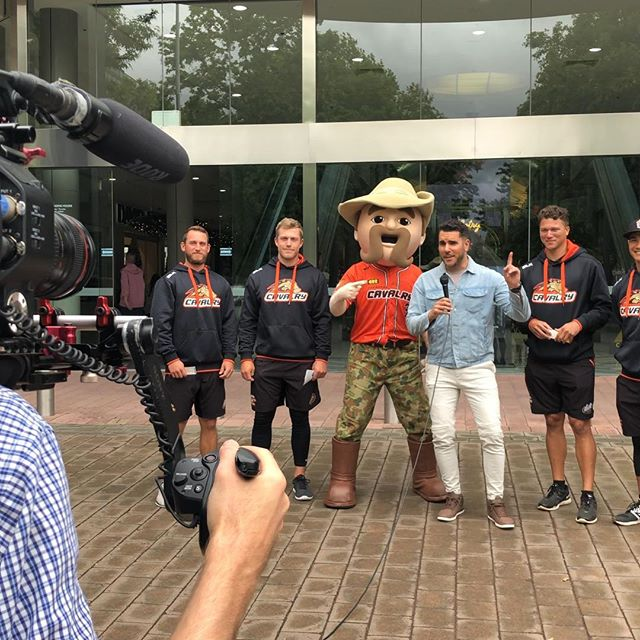 Out 'n' about with the @canberracavalry at @canberracentre today! Rain don't stop these fierce chargers! Looking forward in doing some 'co-ordinating' with @coordinategrp for the Cavs season! 🙌🧡 #RaiderNick💚 #CavNick🍊 #GoCavsGo!